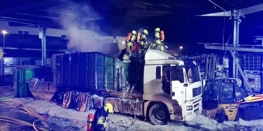 Zagorelo vindustrijski coni Laze, evakuirali vse zaposlene