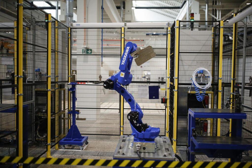 FOTO:Kolaborativni roboti bodo pomembno spreminjali logistiko