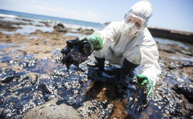 Več ameriških zveznih držav in delničarji tožijo Exxon Mobil, da je zavajal investitorje in javnost o resničnih nevarnostih podnebnih sprememb. FOTO: Reuters