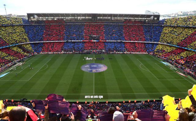 Eden od najslavnejših nogometnih derbijev bo imel tudi na Camp Nouu močno politično sporočilo. FOTO: Reuters