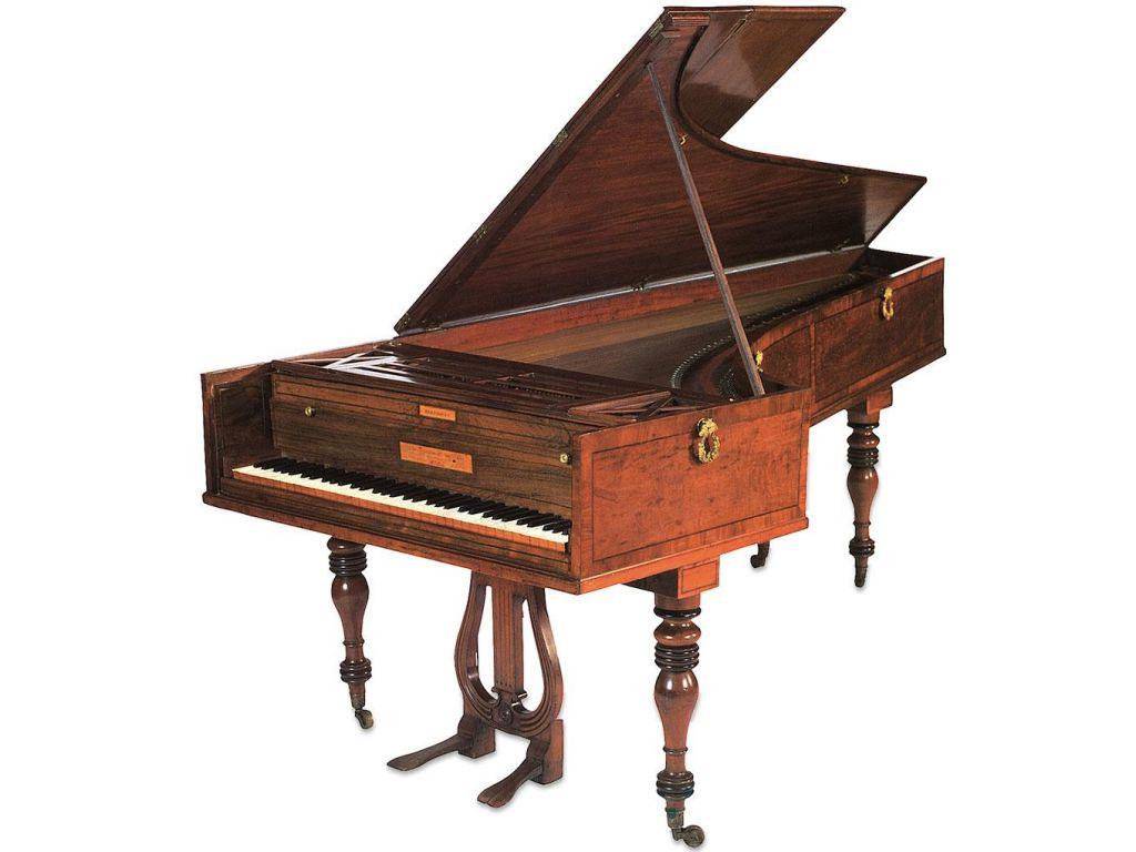 FOTO:Skrivnostna pot klavirja št. 7632