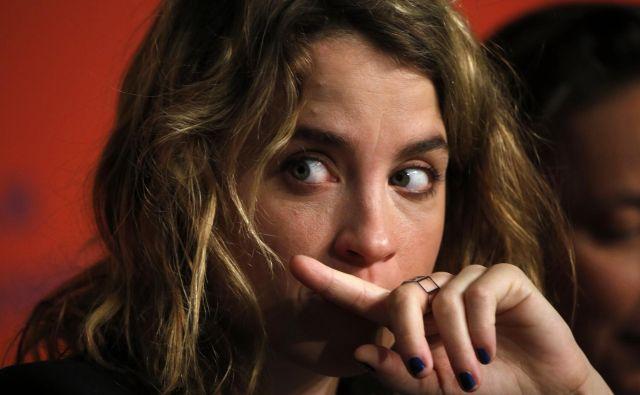 Pomemben politični preboj v dojemanju položaja žrtev spolnih zlorab je v začetku novembra 2019 naredil spletni medij <em>Médiapart </em>z objavo pričanja tridesetletne filmske igralke Adèle Haenel o spolnem nadlegovanju, ki ga je pretrpela, ko je imela dvanajst let. FOTO: Reuters