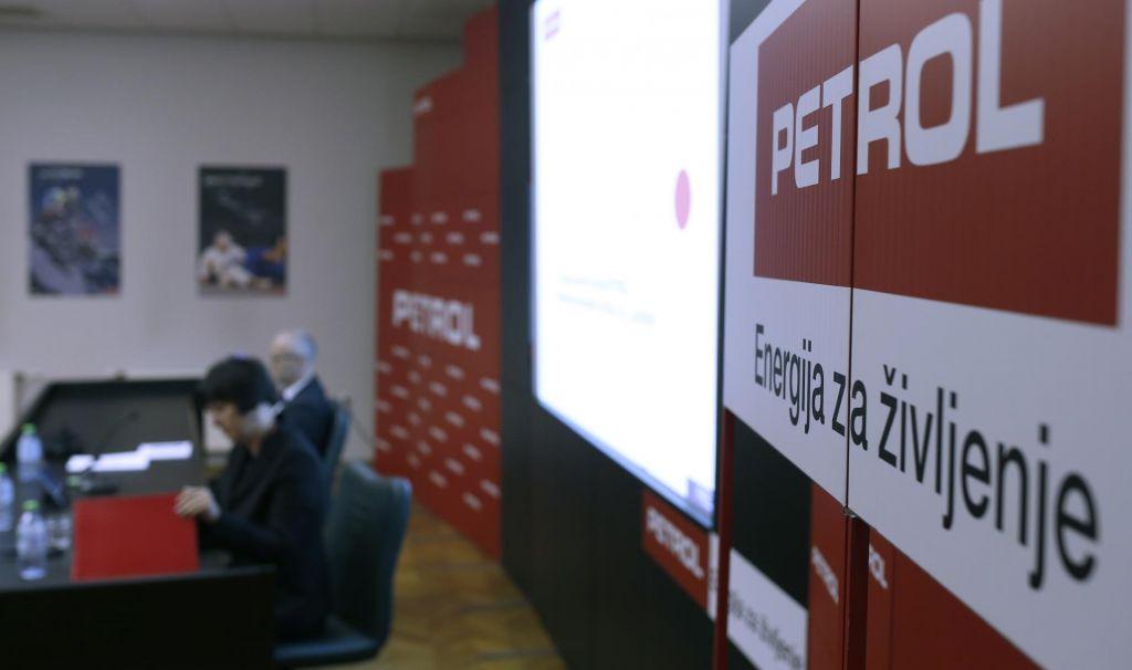 FOTO:»Razčiščevalna« skupščina Petrola: Posle bo revidirala hiša BDO