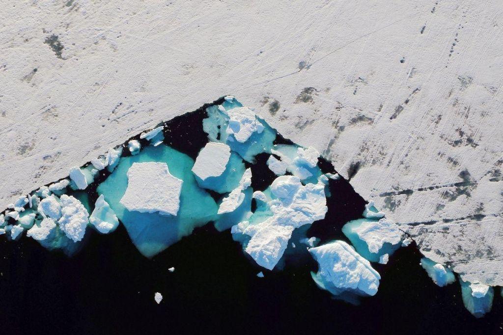 Grenlandska ledena ploskev se tali sedemkrat hitreje kot v 90. letih