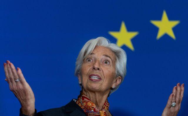 Christine Lagarde nadaljuje ohlapno denarno politiko svojega predhodnika Maria Draghija. Foto: Kenzo Tribouillard/AFP