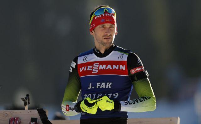 Jakov Fak je v prejšnji sezoni ostal brez uvrstitve na stopničke in zdaj bo po slabem štartu na Švedskem krivuljo poskusil zasukati navzgor. FOTO: Matej Družnik/Delo