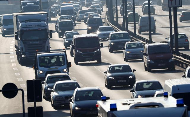 Nemčija je morala ustaviti načrt uvedbe cestnin za avtoceste, projekt pa so začeli financirati, še preden jim je to zapovedala EU. FOTO: Reuters