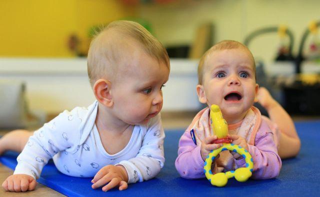 Do staršev novorojencev bo država v prihodnje radodarnejša, ni pa še znano, za koliko in od kdaj. Foto Tomi Lombar