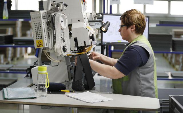 Podjetje Dani AFC proizvaja izdelke za avtomobilsko inustrijo, kot so Audi, VW, Mercedes. FOTO: Leon Vidic/Delo