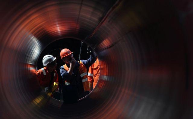 Če bo ameriški senat potrdil vojaški proračun za prihodnje leto ter z njim postavko sankcij, lahko podjetja in posameznike, ki gradijo plinovod, zadenejo blokade premoženja in prepoved potovanj v ZDA. FOTO: Reuters