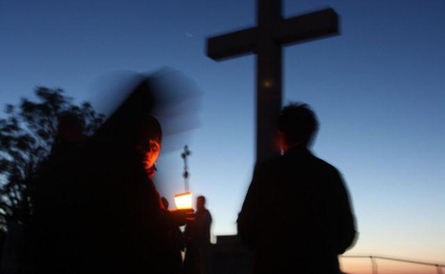 Če bo krščanstvo izbrisano, bodo prazen prostor zasedli drugi. Foto Reuters