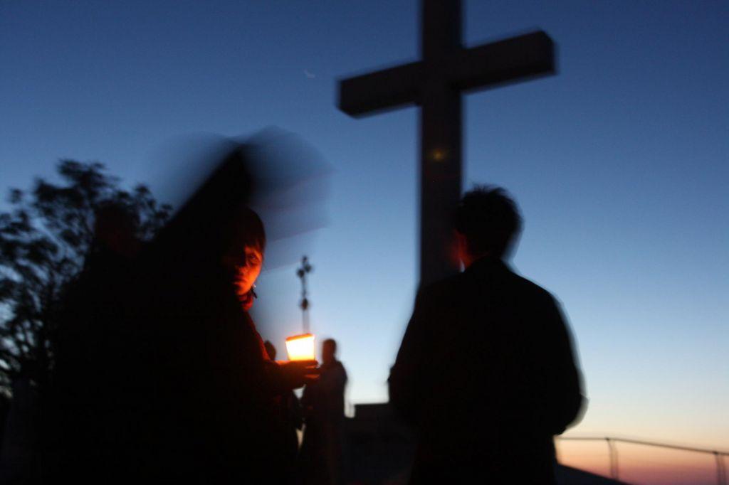 Do zmagoslavja ateizma se zdi še zelo daleč