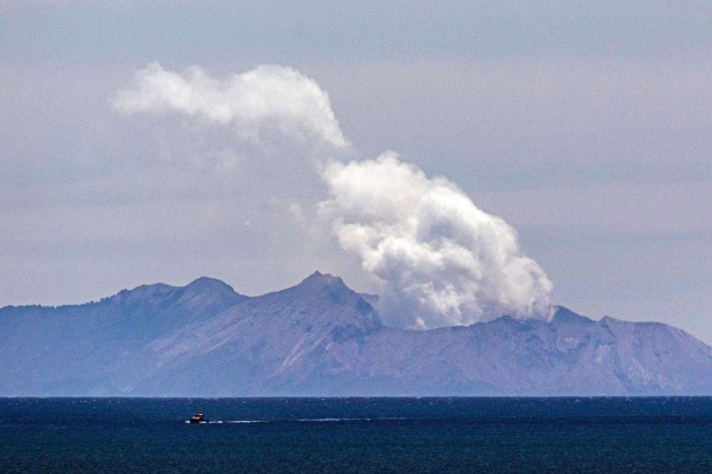 Po izbruhu vulkana v bolnišnici umrla še ena oseba