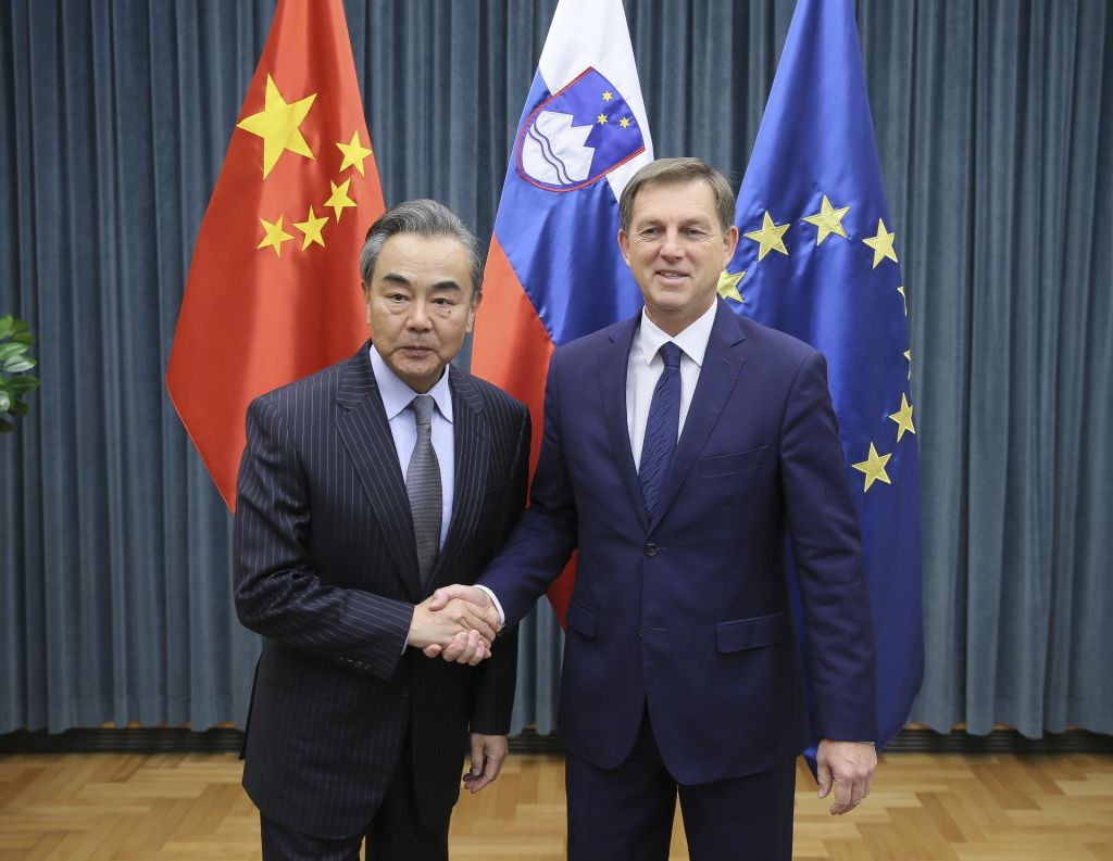 Cerar in Wang o dvostranskih odnosih ter sodelovanju med EU in Kitajsko
