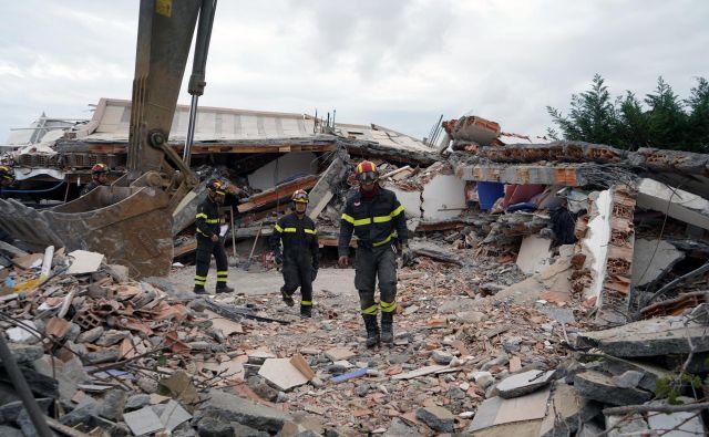 Posledice potresa v Albaniji. FOTO: Reuters