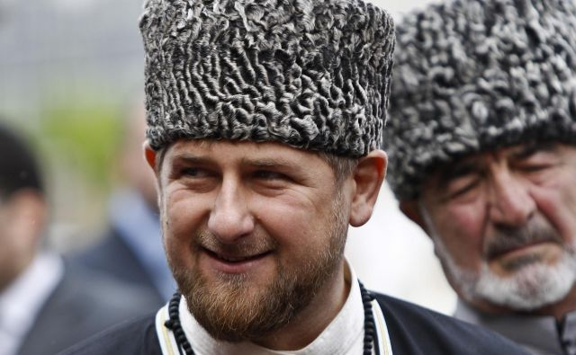 Ramzan Kadirov, ki je pred 12 leti prevzel vodenje nekoč nemirne separatistične republike na severnem Kavkazu, slovi po javnih grožnjah drugače mislečim. FOTO: Reuters