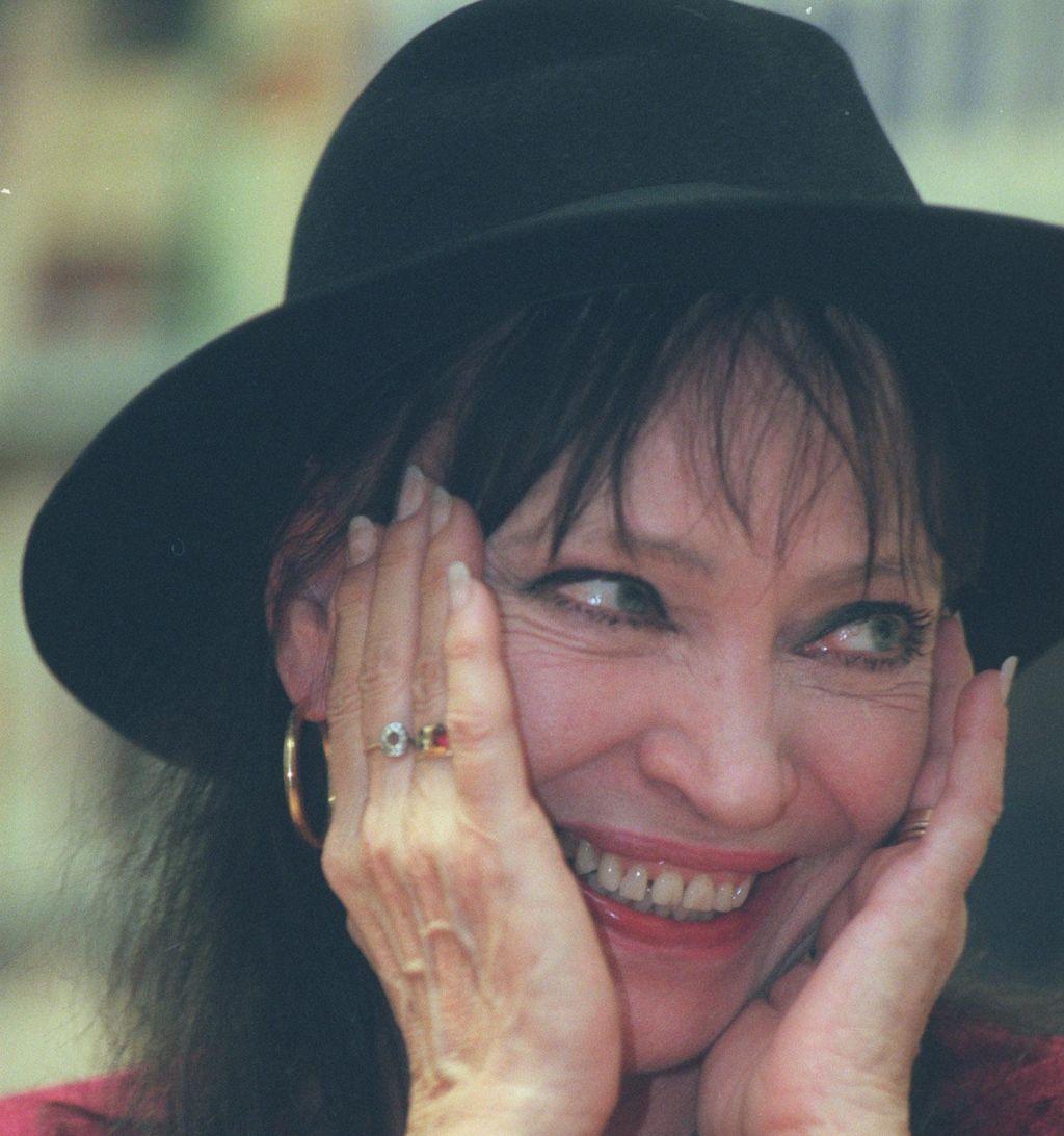 FOTO:Umrla je legenda francoskega novega vala Anna Karina