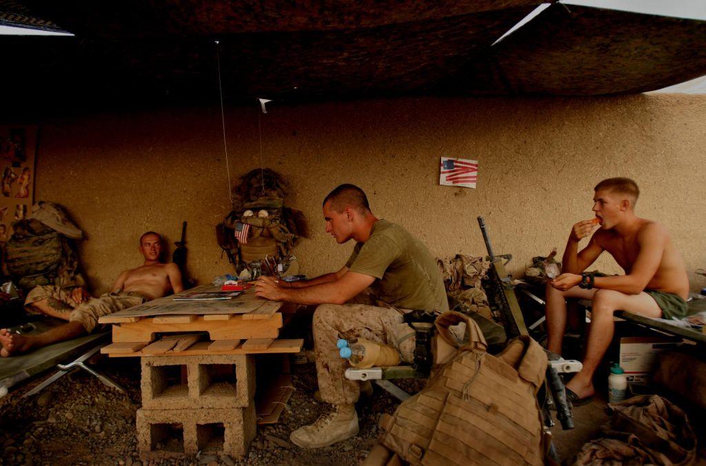 ZDA naj bi iz Afganistana umaknile 4000 svojih vojakov