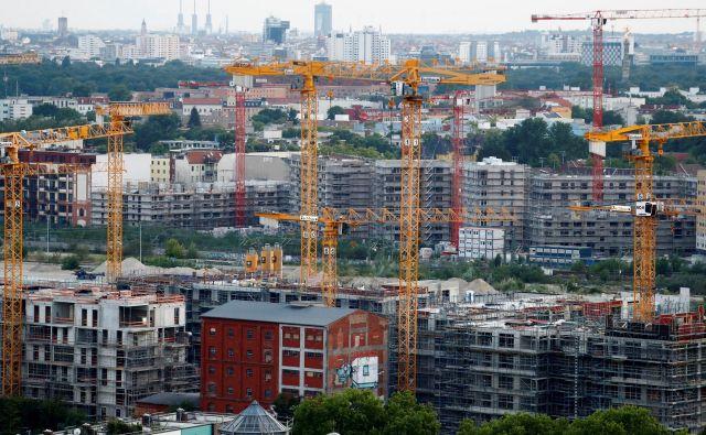 Odslej bo v Berlinu tudi mesto gradilo stanovanja, da bi zajezili rast najemnin. Foto Fabrizio Bensch/reuters