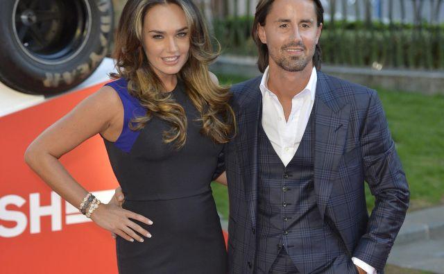 Za Tamaro Ecclestone in njenega moža Jaya Rutlanda so se prazniki slabo začeli. FOTO: Reuters