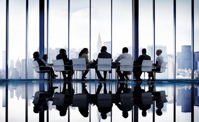Business Collaboration Corporate Colleagues Partner Concept; Shutterstock ID 378755452 Foto Rawpixel.com Shutterstock / Rawpixel.com