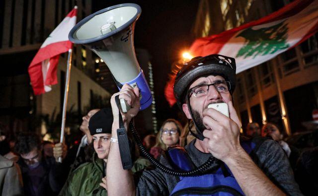 Protestniki na ulicah libanonskih mest vztrajajo že več kot dva meseca. FOTO: AFP