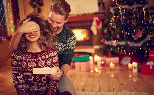 Nekaj Poletovih namigov za darila, ki bodo ženskam otoplile zimo. FOTO: Shutterstock