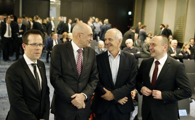 Štirje generacije direktorjev ljubljanske borze. FOTO: Blaž Samec