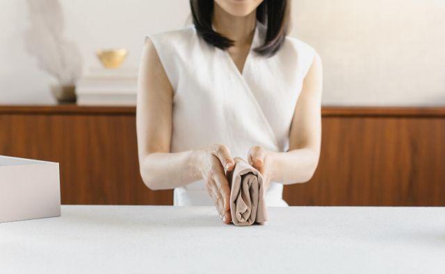 Ljubezen do pospravljanja je bila Marie Kondo položena v zibko. FOTO: Konmari Media