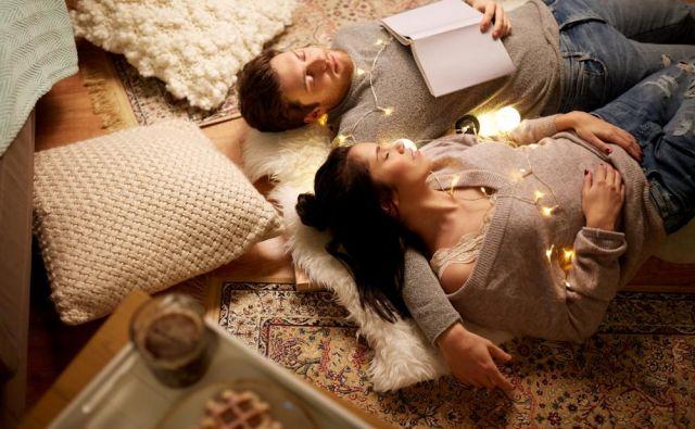 Ena od hygge zapovedi pravi: Gradite medsebojne odnose in skupne zgodbe: Se spomnite, ko smo... Foto Shutterstock