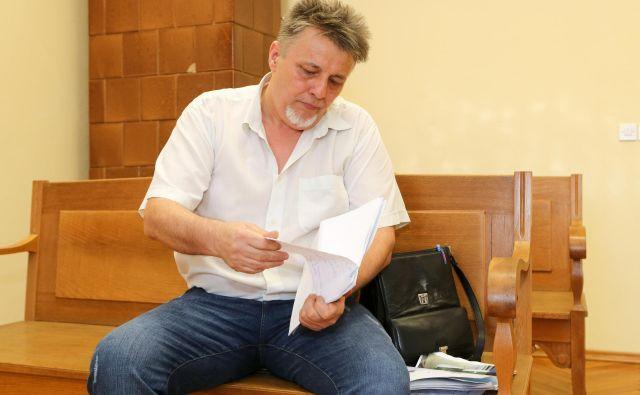 Zemir Begić toži državo zaradi odškodnine za propadli posel, izpadka dohodka in rento. Foto Marko Feist