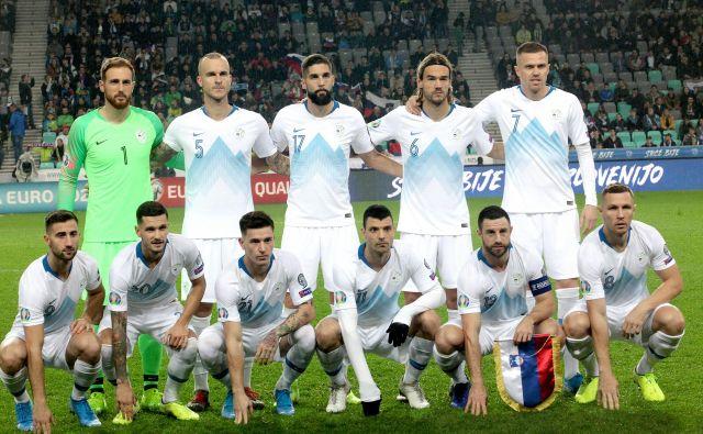 Slovenska nogometna reprezantanca bo leto 2019 sklenila na 64. mestu. FOTO: Mavric Pivk/Delo