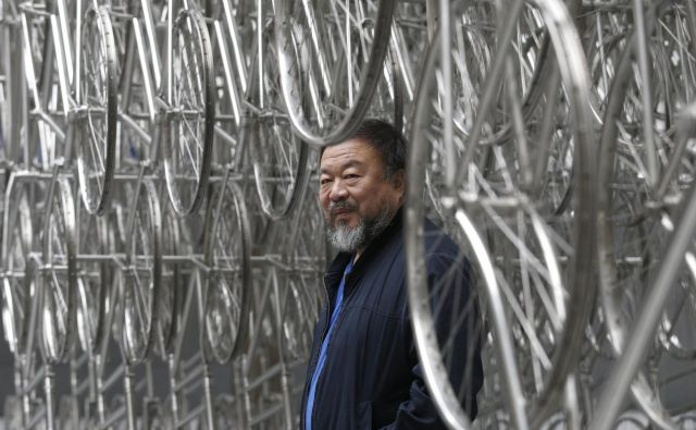 Ai Weiwei je nedvomno najodmevnejši avtor na področju aktivistične in angažirane vizualne umetnosti. Foto Reuters
