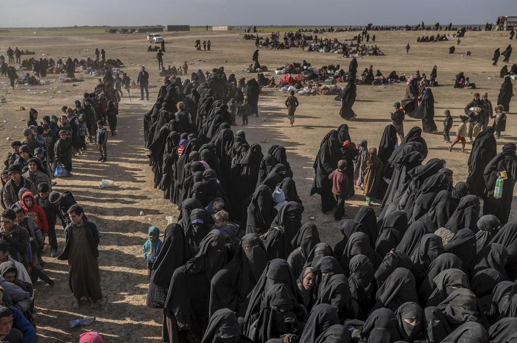 V BiH se je vrnila prva skupina zajetih borcev Isisa