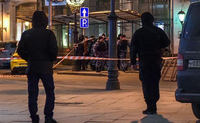 Včerajšnji napad se je zgodil v središču Moskve. FOTO: Vasily Maximov/AFP
