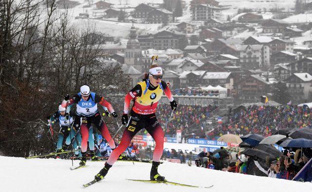 Johannes Thingnes Bø je bil tudi na zadnji tekmi v tem koledarskem letu razred zase. FOTO: AFP
