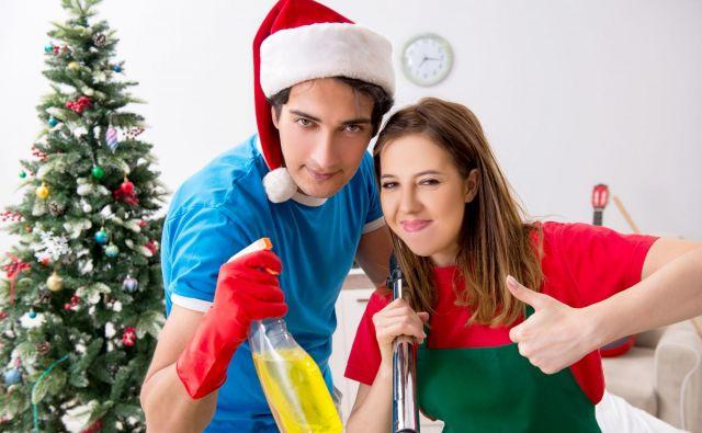 89 odstotkov vprašanih med božičnimi in novoletnimi prazniki več časa posveti čiščenju in pospravljanju. FOTO: Shutterstock