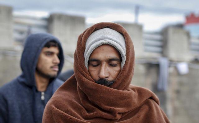 Prizor iz begunskega taborišča Miral v Veliki Kladuši, ki ga ureja in upravlja Mednarodna organizacija za migracije. FOTO: Matej Družnik/Delo