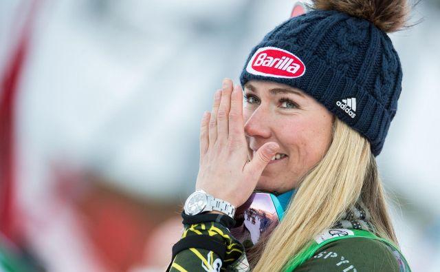 Mikaela Shiffrin se je po včerajšnji zmagi na veleslalomu v Lienzu na večni lestvici prebila na 2. mesto, pred njo je le še Lindsey Vonn (82). Shiffrinova ima 64 zmag. FOTO: AFP