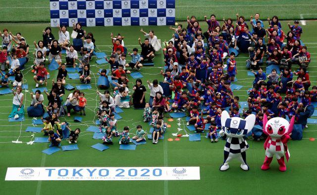 Večplastna simbolika maskot veliko pove o tem, kaj Japonci pričakujejo od olimpijskih iger. FOTO: Reuters