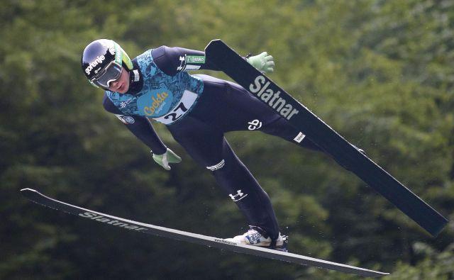 Cene Prevc se bo slovenski reprezentanci pridružil v Innsbrucku za avstrijski del tradicionalne turneje štirih skakalnic. FOTO: Roman Šipić/Delo