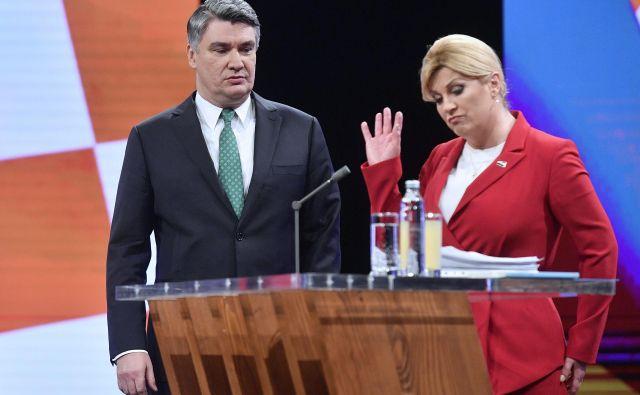 Zoranu MIlanoviću gredo na roko številni verbalni spodrsljaji Kolinde Grabar-Kitarović, ki so naleteli na posmeh. Foto Boris Kovaćev/Cropix