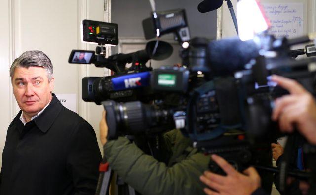 Čeprav sta boj proti korupciji obljubljala oba predsedniška kandidata, so volivci očitno bolj verjeli Zoranu Milanoviću, da si bo prizadeval za spremembe v družbi. FOTO: Marko Djurica/Reuters