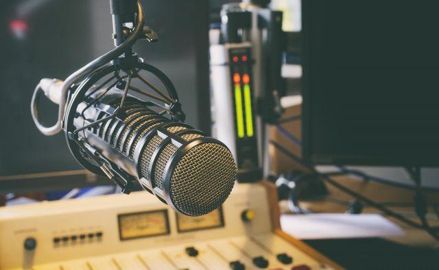 Se radio počasi poslavlja? Foto Hutterstock