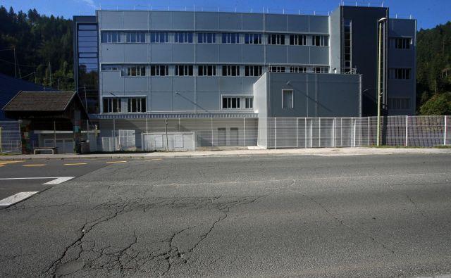 Nova Lekova stavba na Prevaljah še vedno sameva. FOTO: Tadej Regent