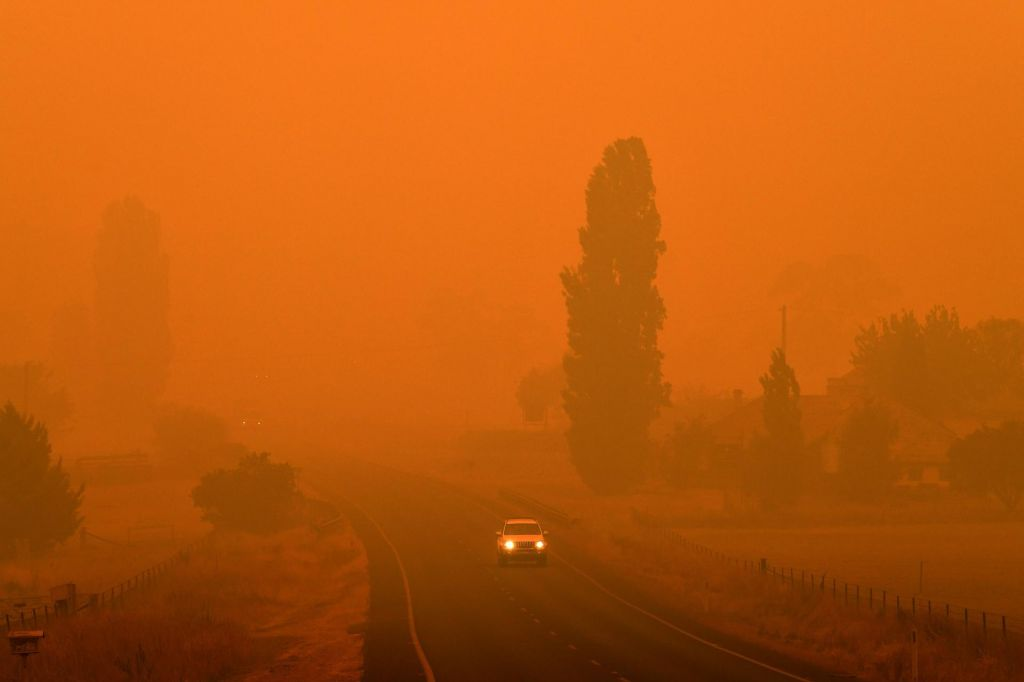 FOTO:Dež prinesel nekaj olajšanja, onesnaženost zraka dosegla zdravju nevarno raven