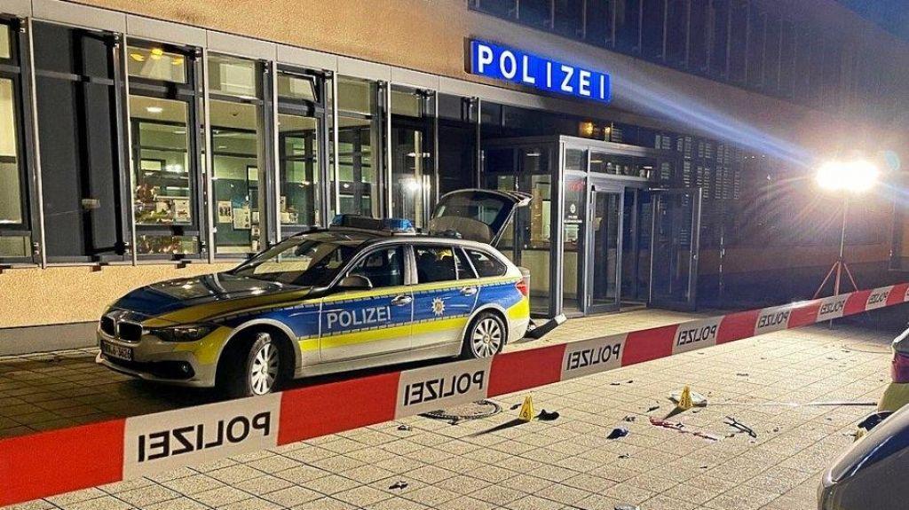 Nemška policija ustrelila domnevnega napadalca z nožem