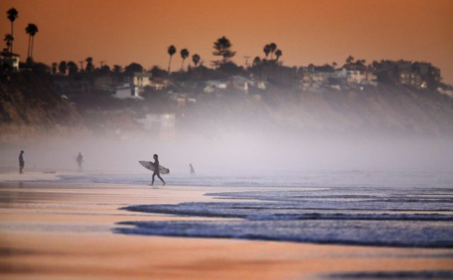 Oceani vsrkajo 90 odstotkov toplote, ki jo pošljemo v atmosfero z izpusti toplogrednih plinov. FOTO: Reuters