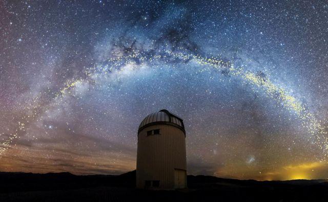 Trenutno medla zvezda bo po izračunih astronomov. ob koncu stoletja eno najsvetlejših nebesnih teles na nočnem nebu. FOTO: Jan Skowron/University of Warsaw/Reuters