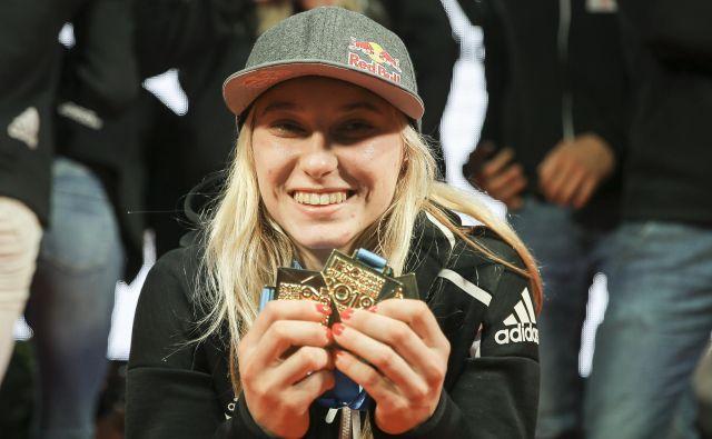 Janja Garnbret je že drugič zapovrstjo med kandidatkami za športnico leta v izboru Mednarodnega združenja svetovnih iger (IWGA), ki promovira neolimpijske panoge. FOTO: Jože Suhadolnik/Delo
